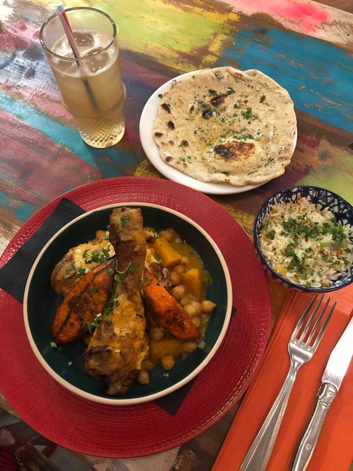 Poulet Tandoori - Curry de petitmarron - pain chapati - thé glacé
